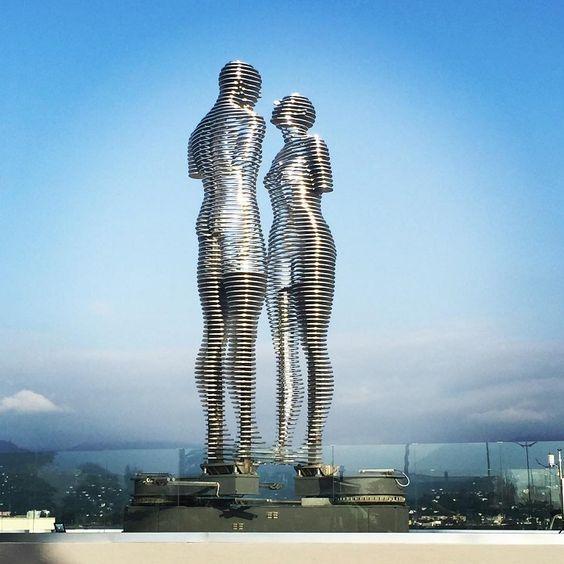 Картинки по запросу памятник вечной любви (грузия батуми)