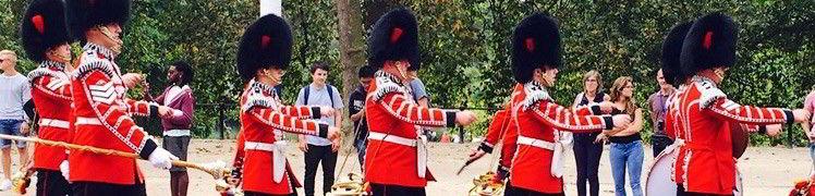 Великобритания - оркестр королевской гвардии в Лондоне