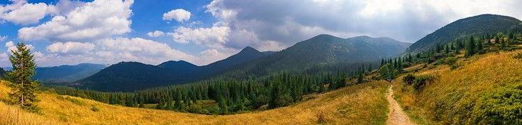 Україна - гори Карпати