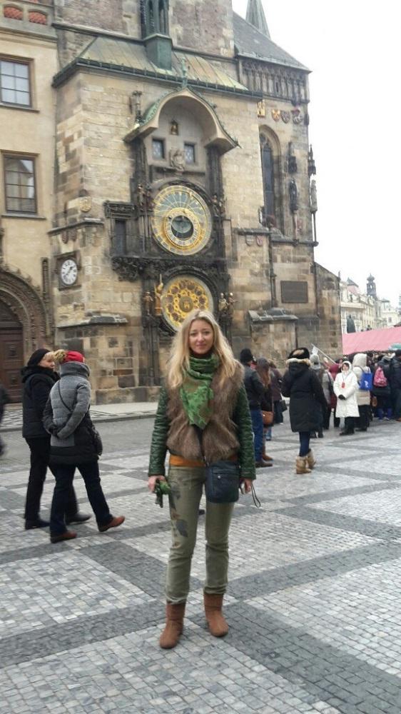 героев фото туристов прага в ноябре назван честь улицы