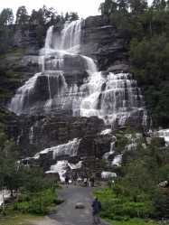 Фото из тура Скандинавские фьорды3 фьорда, 3 замка, 4 столицыЛедовик Нигардсбрин, Язык Тролля и Берген, 18 августа 2019 от туриста Тата