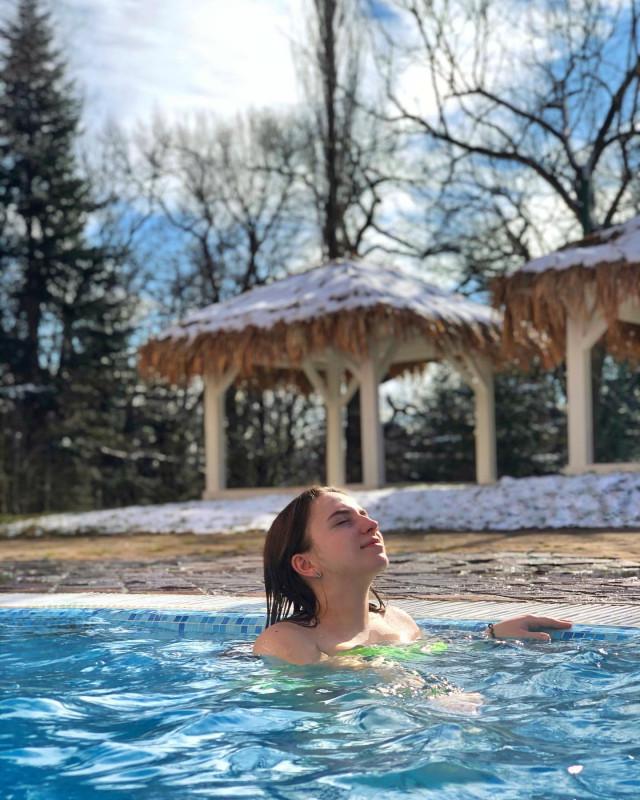 Поехали греться в горячих карпатских чанах и наслаждаться релаксом в термальных бассейнах!
