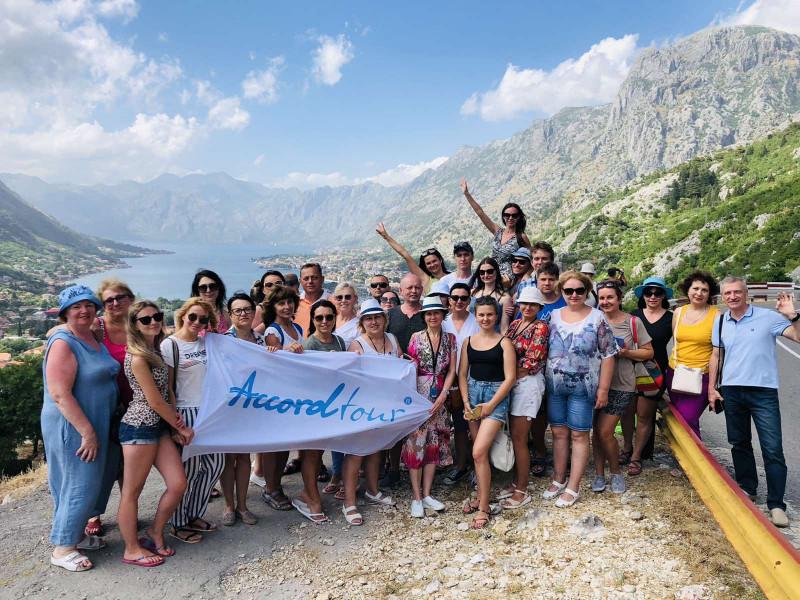 Еще такая солнечная Черногория, выбирайте свой тур
