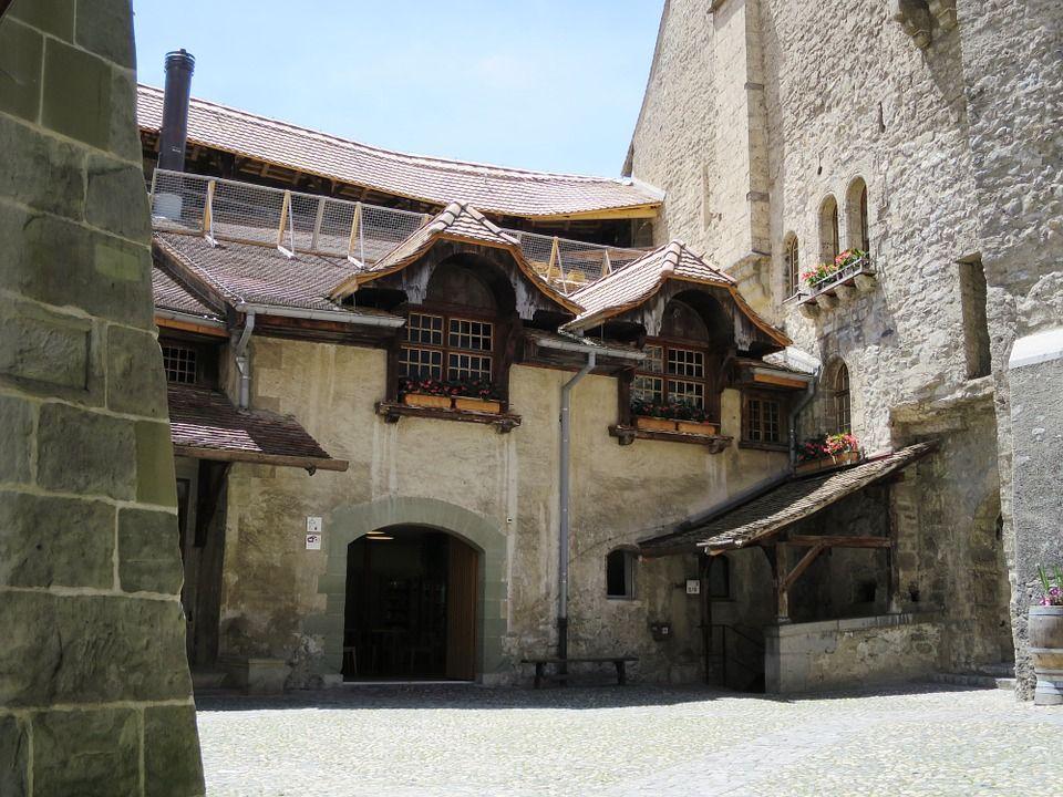 Шильонский замок, Швейцарія