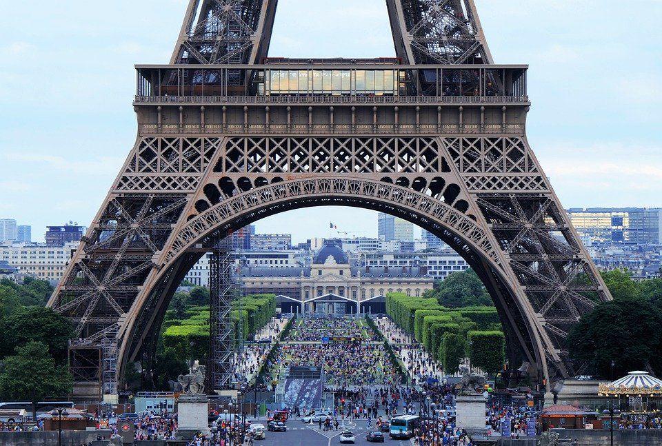 Ейфелева вежа, Франція