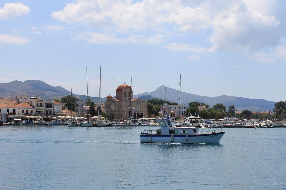 Егіна, Греція