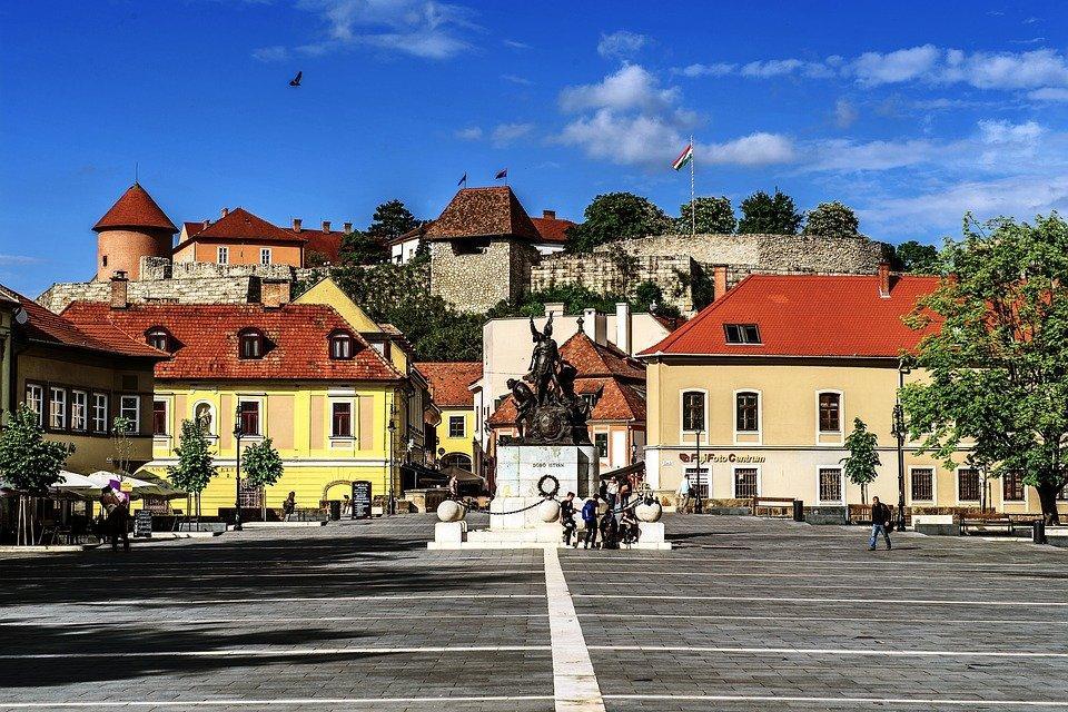 Егер, Угорщина