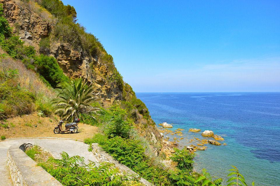 Відпочинок на Адріатичному морі Італії, Італія