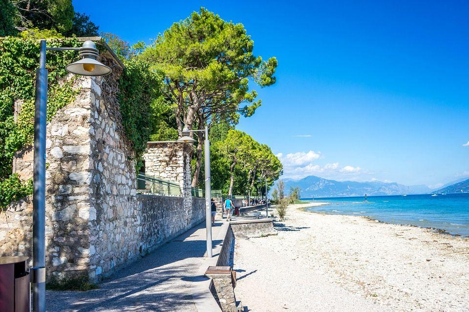 Сірміоне, Італія