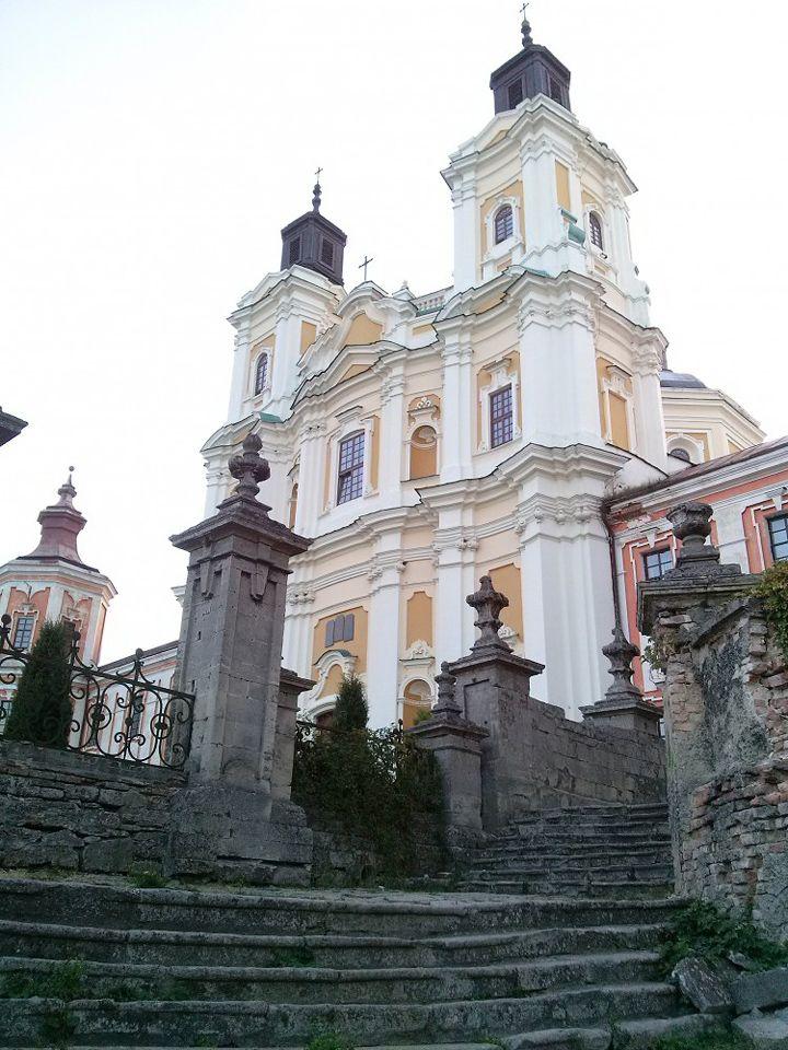 Кременець, Україна