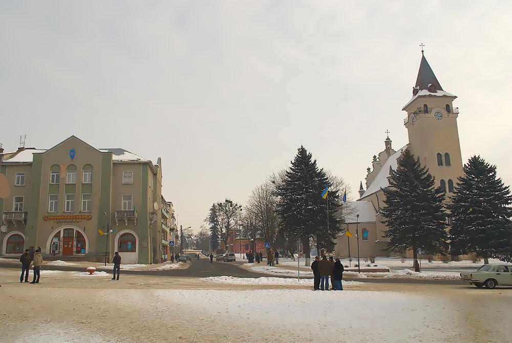 Рогатын, Украина